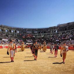 paseo_corrida_nimes